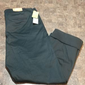 New Mossimo Black Capri Pants
